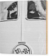 1963 Chevrolet Corvette Split Window Wheel Emblem -118bw Wood Print