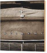 1967 Lincoln Continental Hood Ornament - Emblem Wood Print