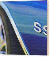 1972 Chevrolet Chevelle Ss Emblem Wood Print