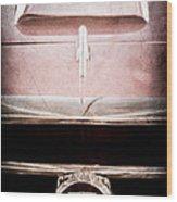 1953 Nash-healey Roadster Grille Emblem Wood Print