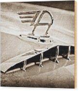 1957 Austin Cambrian 4 Door Saloon Hood Ornament Wood Print