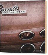 1965 Chevrolet Corvette Taillight Emblem Wood Print