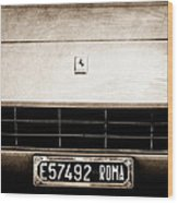 1972 Ferrari 365 Gtb -4a Grille Emblem Wood Print