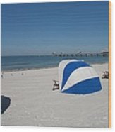 Beach With Beachchairs Wood Print