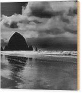 Cannon Beach - Oregon Wood Print by David Patterson
