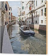 Cruisin' The Canals Wood Print