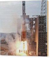 Delta Iv Rocket Launch Wood Print