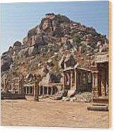 Hindu Ruins At Hampi Wood Print