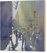 I Saw The Light At 44th And Broadway Wood Print