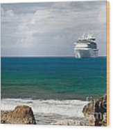 Majesty Of The Seas At Coco Cay Wood Print