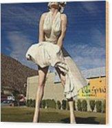 Marilyn In Palm Springs Wood Print