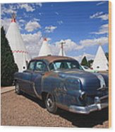 Route 66 Wigwam Motel And Classic Car Wood Print