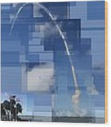 2008 Space Shuttle Launch Wood Print