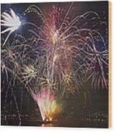 2013 Independence Day Fireworks Display On Portland Oregon Water Wood Print