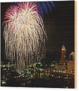 21l106 Red White And Boom Fireworks Photo Wood Print