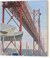 25 De Abril Bridge 2 Wood Print