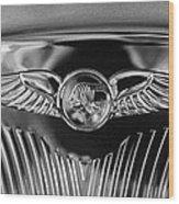 1933 Pontiac Emblem Wood Print