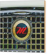 1959 Nash Metropolitan Grille Emblem Wood Print
