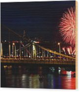 July 4th Fireworks In Pittsburgh Wood Print by Jetson Nguyen
