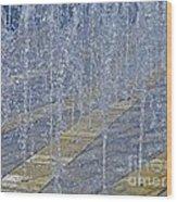 Noisy Splash Wood Print