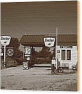 Route 66 Gas Station Wood Print