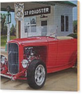 32 Ford At Filling Station Wood Print