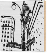 34th And Broadway Wood Print