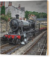 3802 At Llangollen Station Wood Print