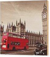 Bus In London Wood Print