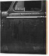 Old Junker Car Wood Print