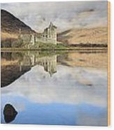 Kilchurn Castle Wood Print