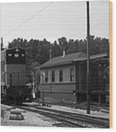 760 Passing The Yard House Bw Wood Print
