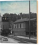 760 Train Engine Passing The Station Sc Textured Wood Print