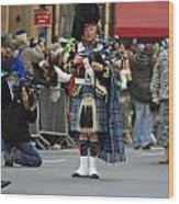 A Bagpiper Posing At The 2009 New York St. Patrick Day Parade Wood Print