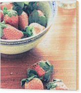 A Bowl Of Strawberries Wood Print