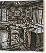 A Look To The Past Wood Print by Susan Candelario