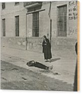 A Mother Looks On The Body Of Her Son Wood Print