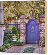 A Private Garden In Charleston Wood Print