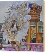A Queen Of Carnival During Mardi Gras 2013 Wood Print