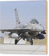 A United Arab Emirates Air Force F-16e Wood Print