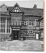 Adlington Hall Courtyard Bw Wood Print