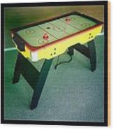 Air Hockey Table Wood Print by Les Cunliffe