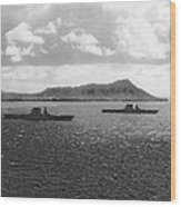 Aircraft Carriers In Hawaii Wood Print