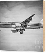 Amercian Airlines Airplane In Black And White Wood Print by Paul Velgos