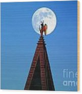 An Angel And The Camponile With The Moon Wood Print