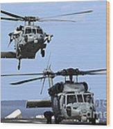 An Mh-60s Sea Hawk Approaches Wood Print