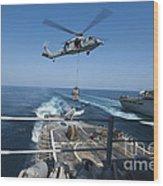 An Mh-60s Sea Hawk Brings Pallets Wood Print