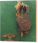 An Old Rusty Lock Wood Print