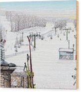Apres-ski At Hidden Valley Wood Print by Albert Puskaric