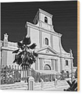 Arecibo Church And Plaza B W 2 Wood Print